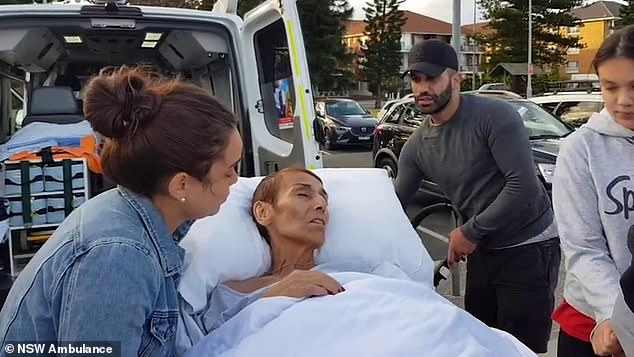 NSW Ambulance, Bankstown Hospital andDreams2Live4 charity combined to help her large family make the hour-long commute from palliative care to the shorefront